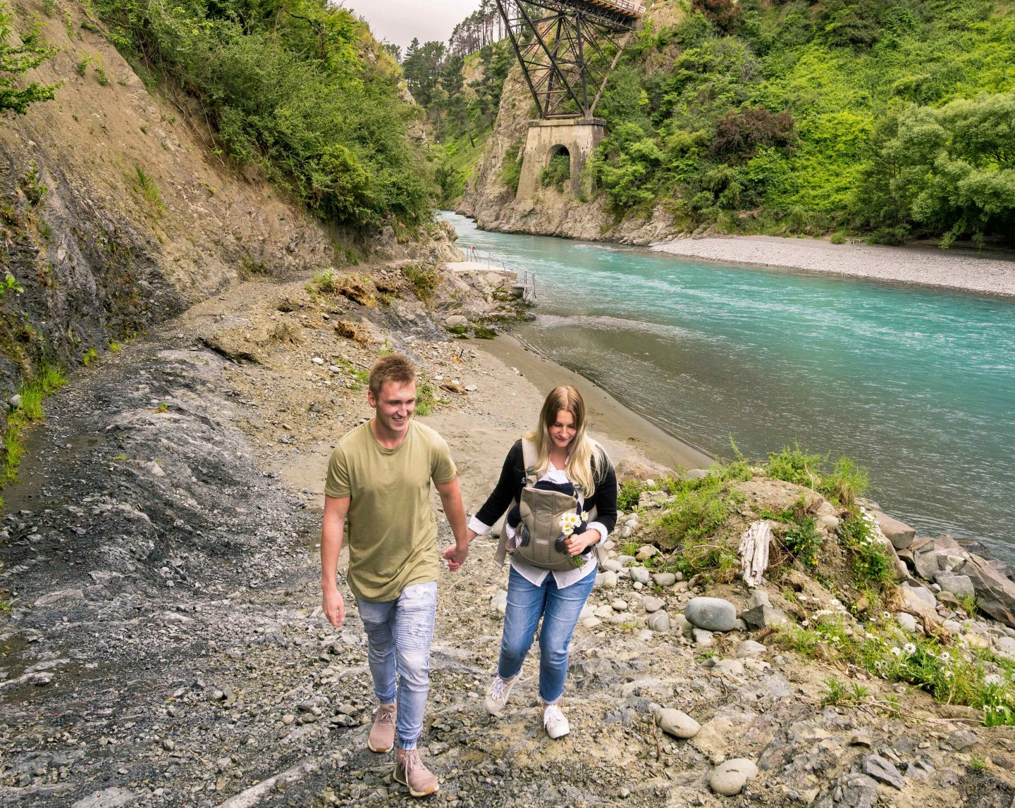 Hanmer Springs River - South Island New Zealand Road Trip - Live Life and Roam