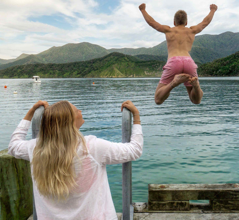 Marlborough Sounds - South Island New Zealand Road Trip - Live Life and Roam