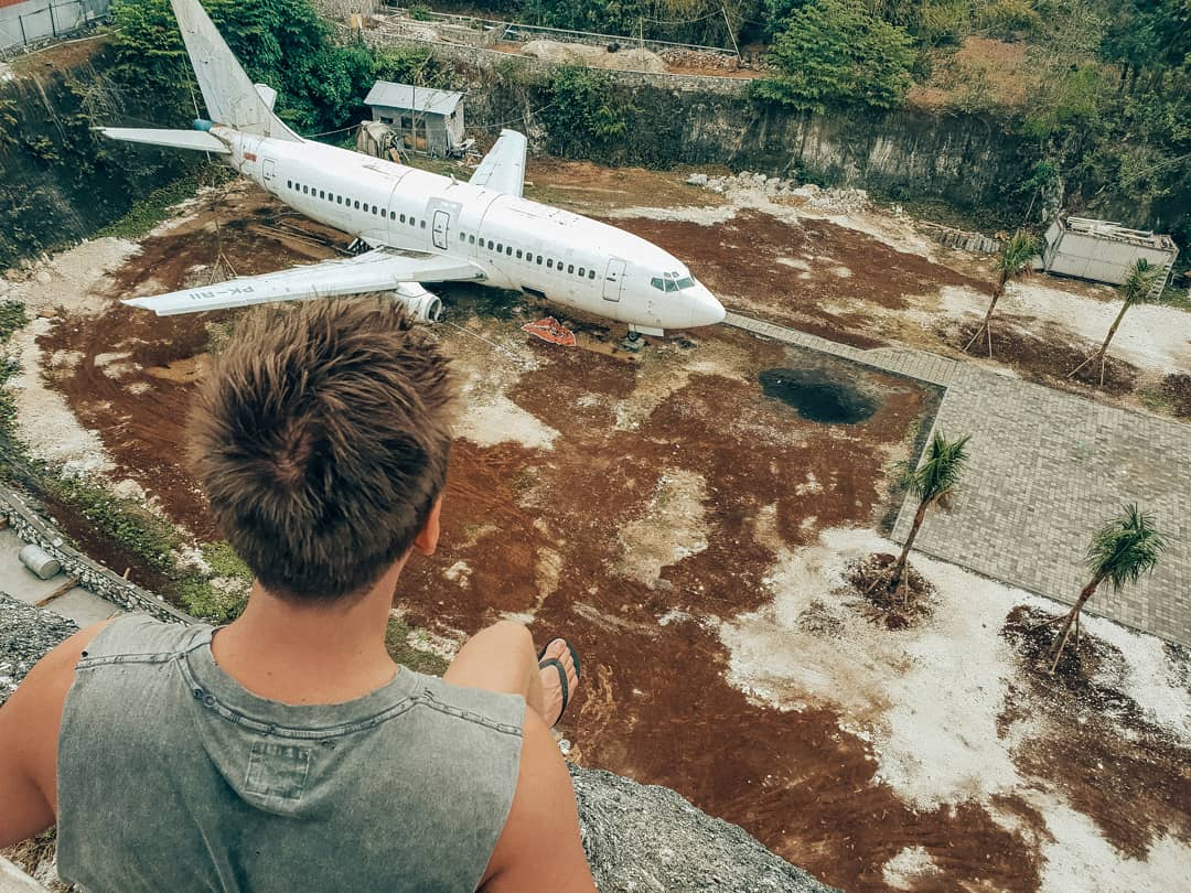 Abandoned Aeroplane - Instagrammable Spots in Uluwatu - Live Life and Roam
