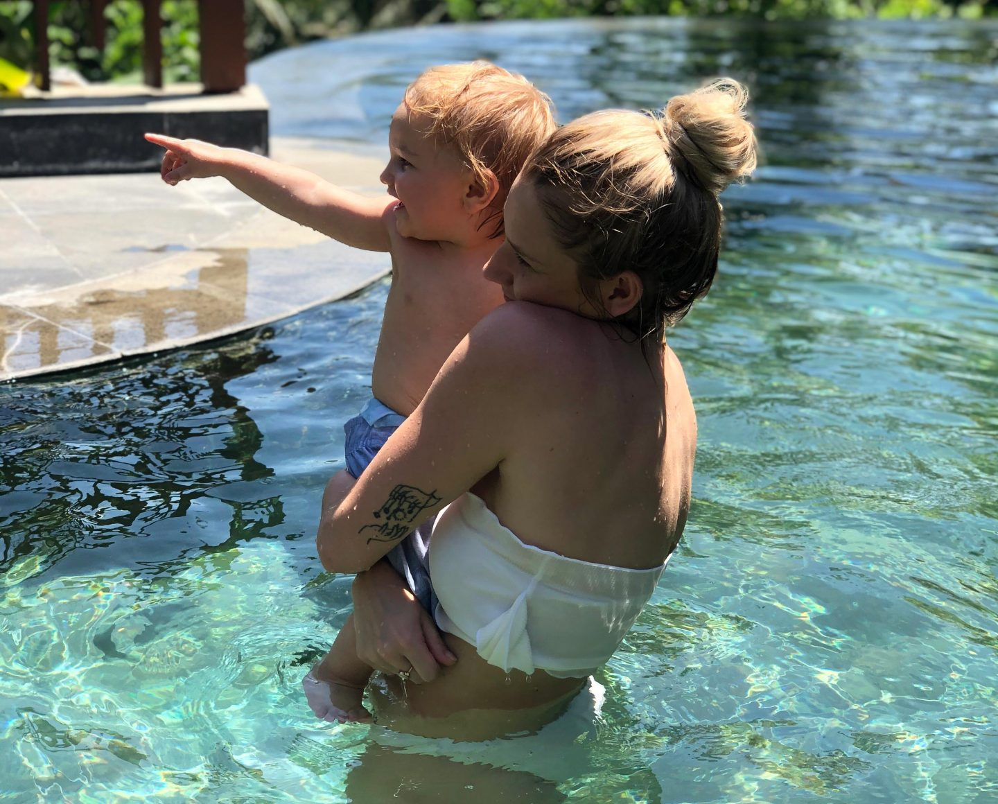 Ollie & Paige in the Pool - Bali with a toddler - Live life and roam