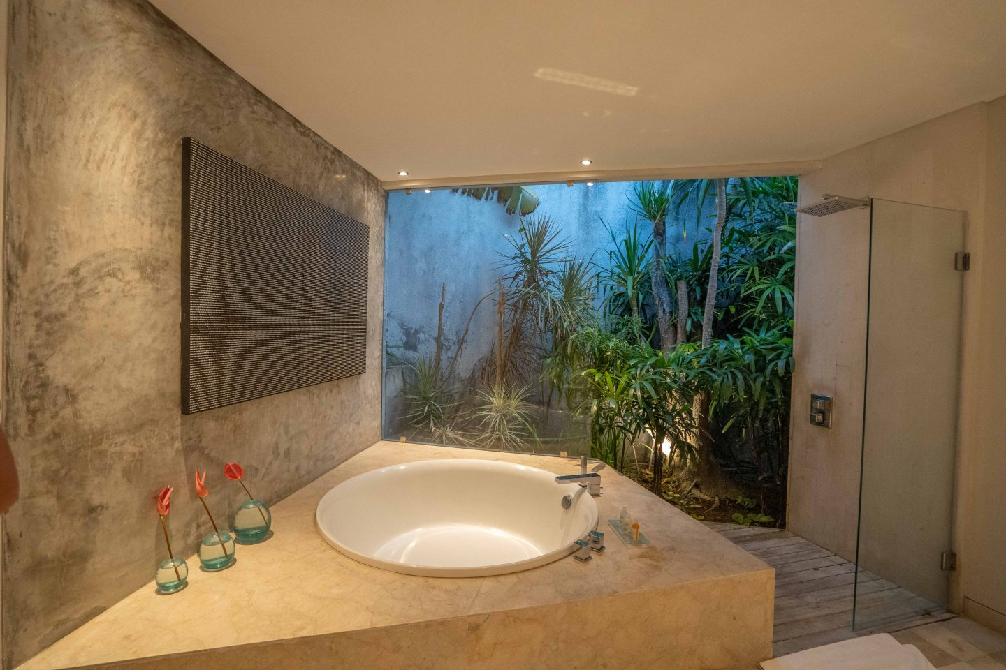 Master Ensuite @ The Layar - Live Life and Roam