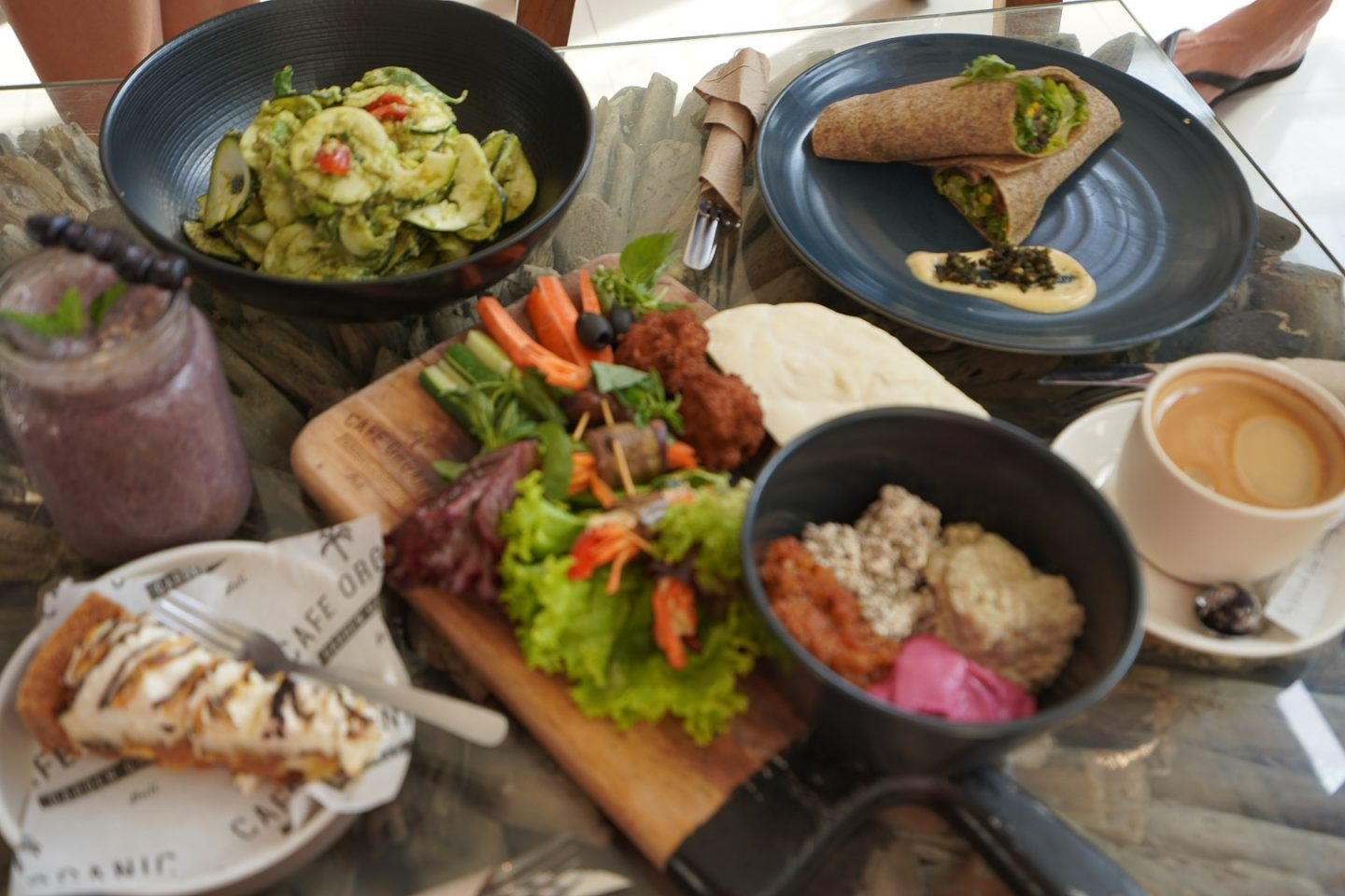 Cafe Organic - Best places to eat with kids in Bali