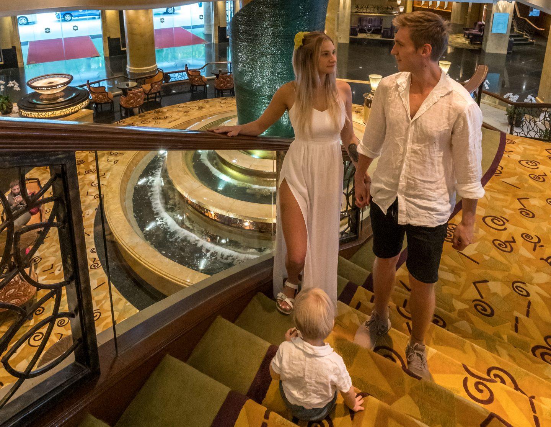 Shangri-La Kuala Lumpur Lobby - Live Life and Roam