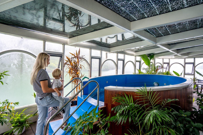 Jacuzzi - Indochine Cruise - Lan Ha Bay - Live Life and Roam