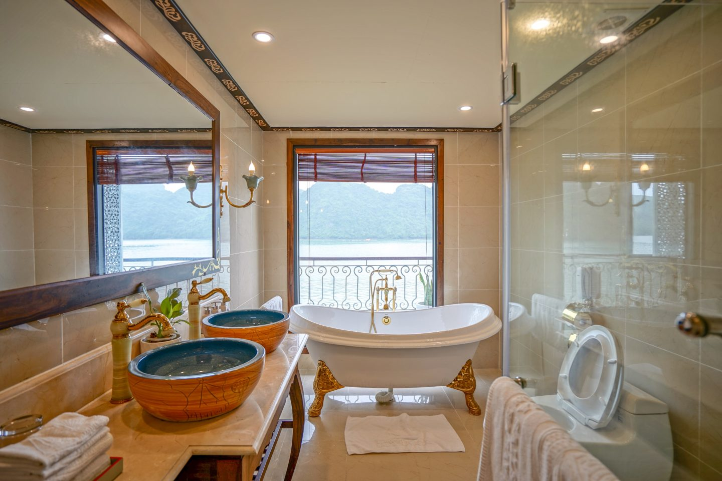 Ensuite - Indochine Cruise - Live Life and Roam