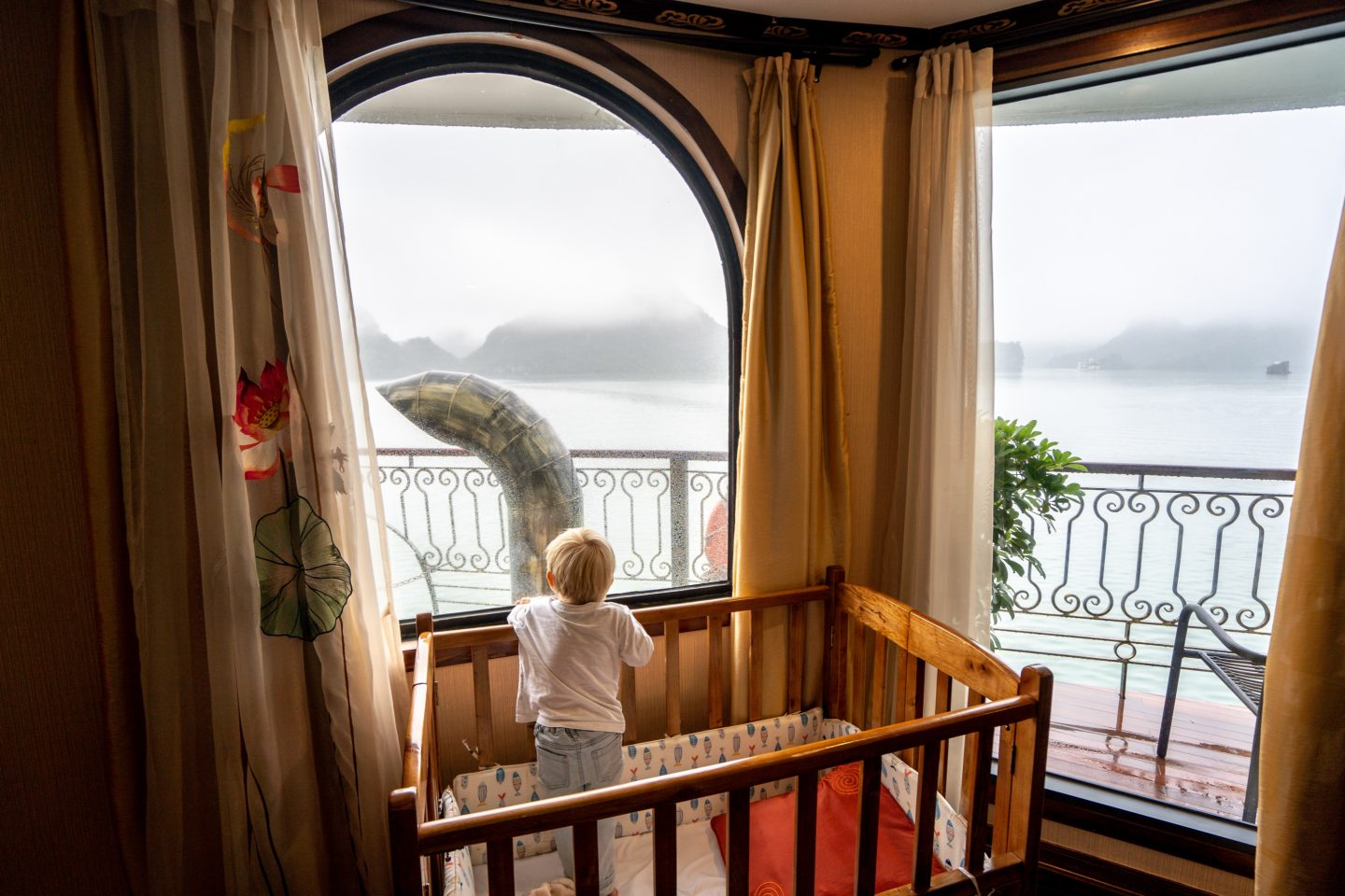 Childs Cot - Indochine Cruise - Lan Ha Bay - Live Life and Roam