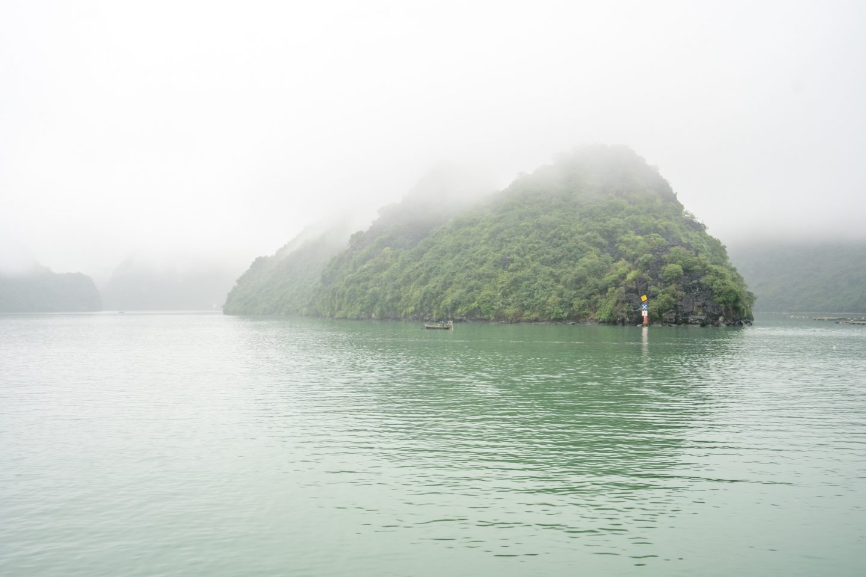 Lan Ha Bay - Indochine Cruise - Live Life and Roam