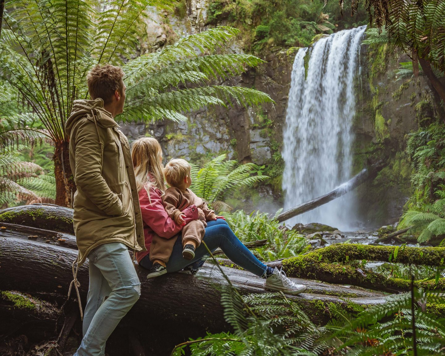 Most Instagrammable Spots on the Great Ocean Road - Hopetoun Falls *@livelifeandroam