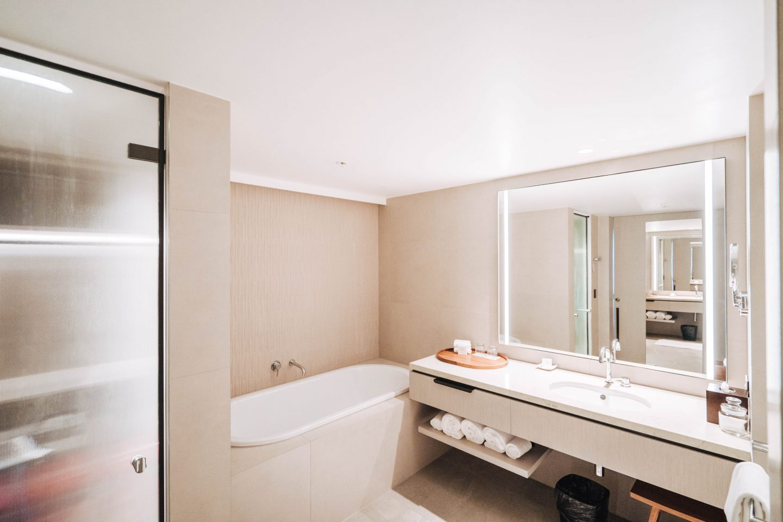 Live Life and Roam x JW Marriott-16 bathroom