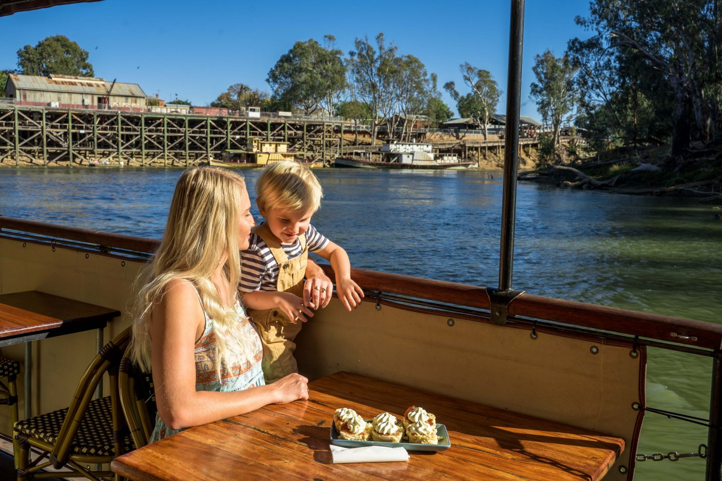 Paddle Steamer 1 - Live Life and Roam - A weekend in Echuca